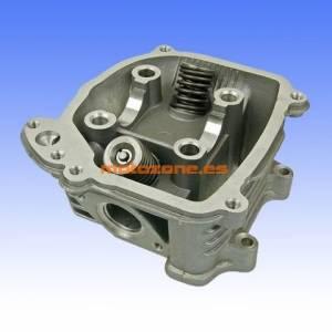 http://www.motozone.es/9956-thickbox/culata-con-sistema-aire-gy6-125cc-152qmi.jpg